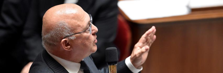 Michel Sapin présente ses prévisions au Conseil des ministres.