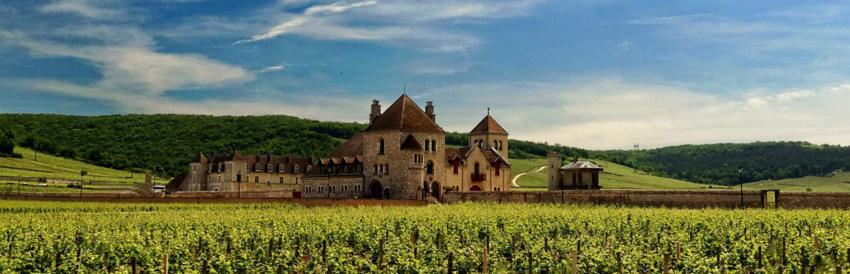 Château du Clos de Vougeot, sur la Route des grands Crus